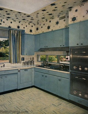 Kitchens of the 1950s kitchens stainless steel counters for Kitchen cabinets 50 style