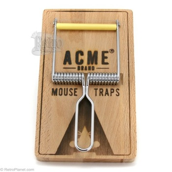 Mouse Trap Cheeseboard and Cutter Set