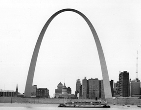 Image of completed Gateway Arch