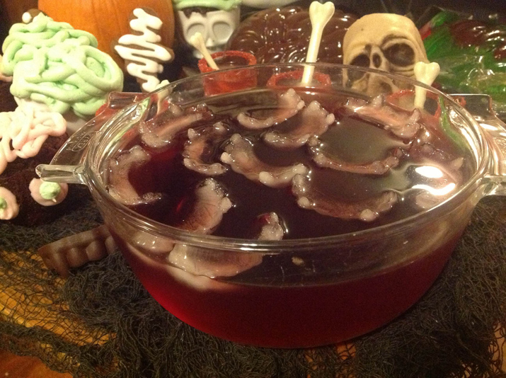 Spooktacular Halloween Party Ideas Using Retro Molds And Accents