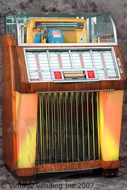 4 Jukeboxes from the '40s and '50s