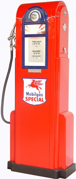 1935 Wayne Model 60 Gas Pump