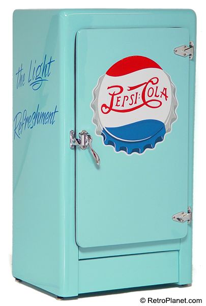 1940s pepsi cola mexican mini cooler. Black Bedroom Furniture Sets. Home Design Ideas