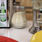 Diner style cheese shaker