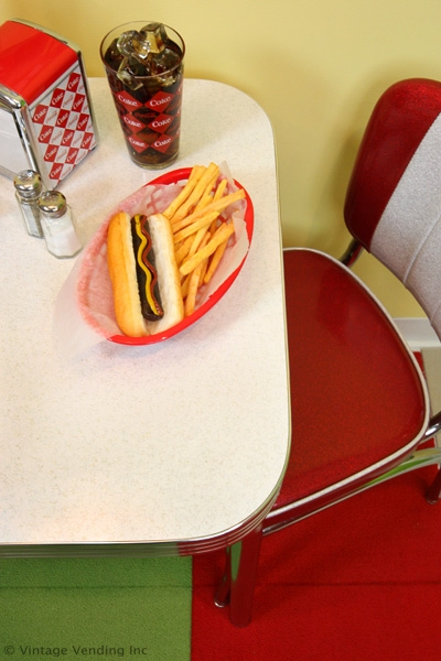 Retro-Furniture-Table-For-Two