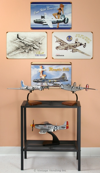 WW-II-Bomber-Wall-Decor