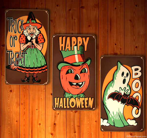Halloween Three Sign Set