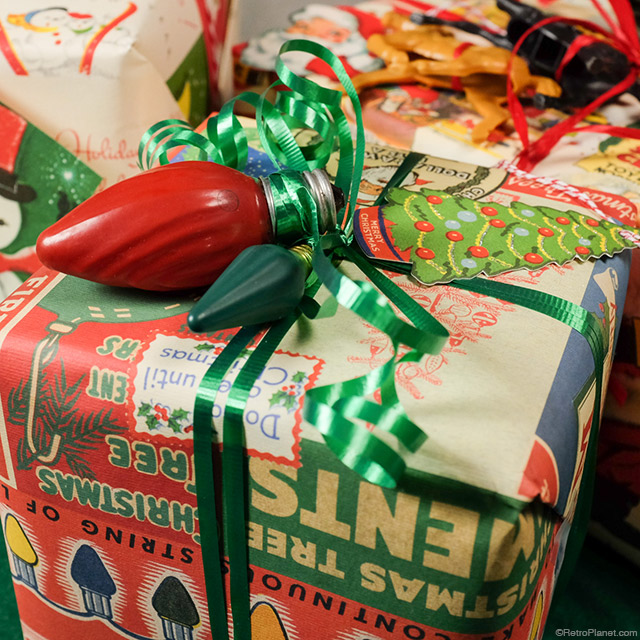 Cavallini Wrapping Paper