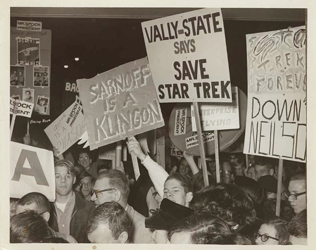 Fans Protest That of Star Trek to Be Cancelled