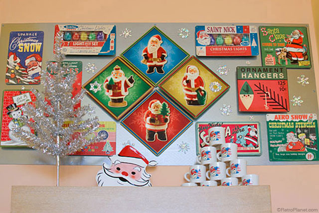 retro planet christmas signs - Christmas Decor Signs