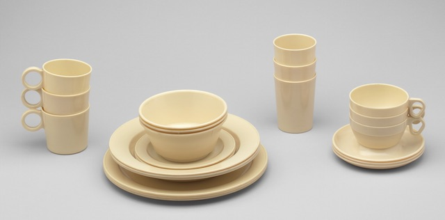 Navy Dinnerware & The History and Popularity of Melamine Plates and Dinnerware